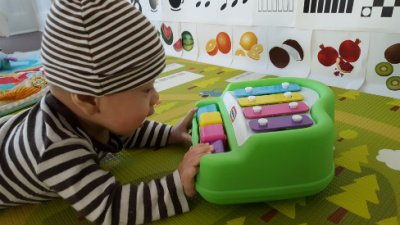 tap a tune play piano best baby toy for cause and effect